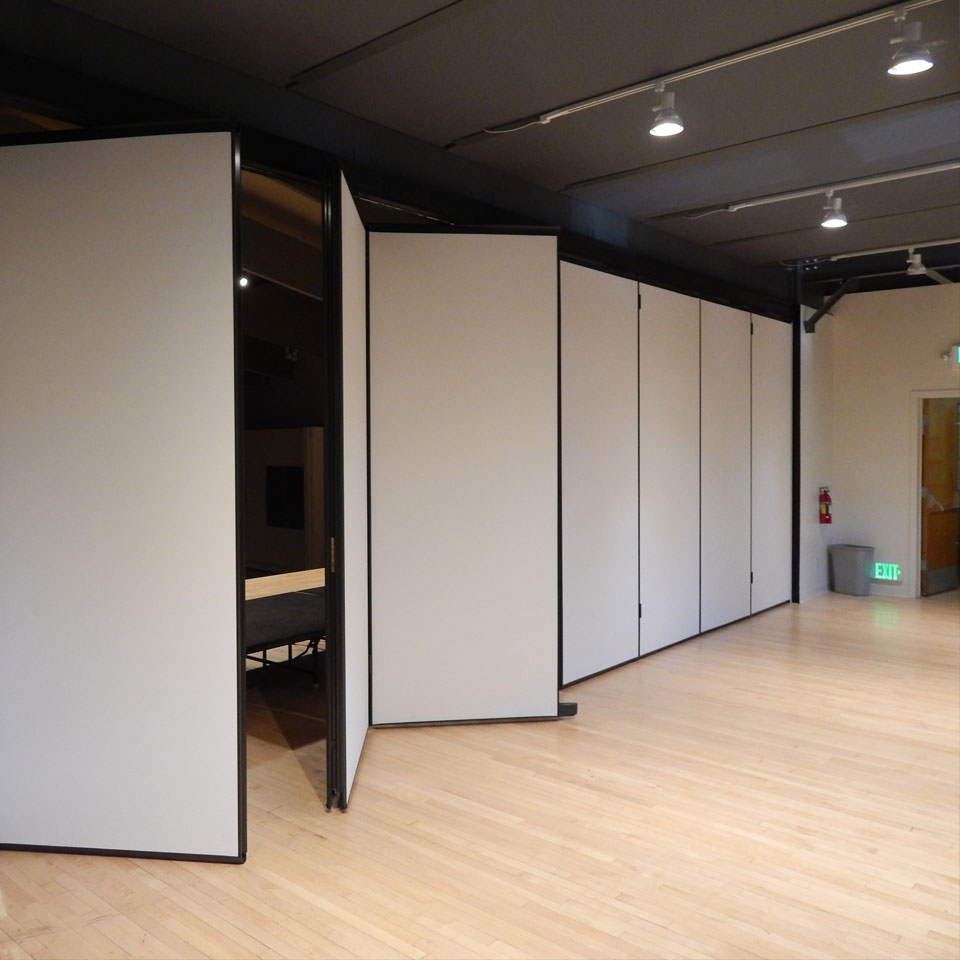 Boost Productivity With Panelfold Operable Partitions